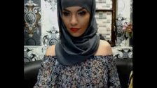 Sensual Turkish Turbanli WebCam
