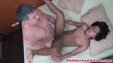 Daddy breeding pinoy twinks tight asshole