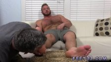 Mature sniffs gay twinks feet Who better to
