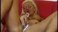 Blond Bitch with spherical Breasts