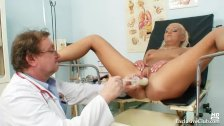 Klara big tits and pussy gyno speculum clinic