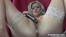 Blonde pornstar Katie Kox stuffs her pussy