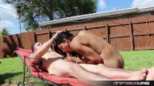 Airerose Valentina fucks outdoors