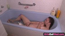 Girls Out West - Hairy pussy in the bath tub