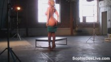 Sophie Dee glamour shoot BTS