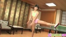 Momose Ena shows body on table tennis