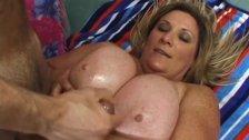 Plumper Deedra Rae's pussy engulfs a cock