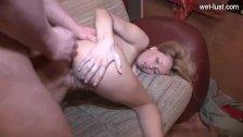 Wife round ass fuck