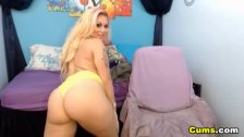 Big Ass Blonde Braziliana Shakes her Booty