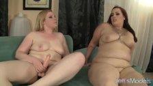 Horny lesbian plumpers Phoenixxx BBW and Lien