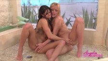 Hot lesbian babes eat pussy in shower