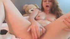 Stunning Babe Twerks Her Sexy Ass Then Fucks