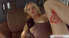 Allinternal threesome gives this blonde a big