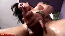 Teen shegirl shows off pretty face and ass