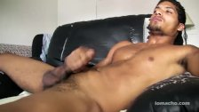Latino Bad Boy Inocencio Jacking Off