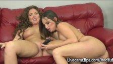 Amateur Cam Hot Brunettes Making Out &