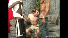 Amateur white guy gets gangbanged by BBC