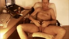 P0993 redtube naked jerking off in front of webcam camera 7c8a1 Ich nackt