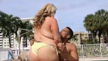 Busty Blonde MILF Kendra Kox Gets Fucked Pool
