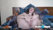Sexy Babe Stuffs Both Holes - duration 15:18