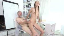 Молодая сексуальная сисястая училка ебётся с учеником