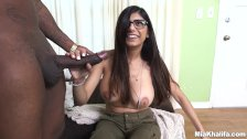 Mia Khalifa Tries A Big Black Dick (mk13775)