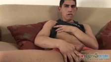 Hustling twink whips out his young boner - duration 3:30