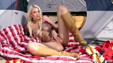 Twistys - Blond teen in the desert Gigi Allens solo tease