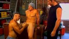Buff gay daddies garage threesome fuck