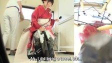 Subtitles Japanese kimono pee desperation fail - duration 5:08