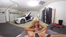 VR PORN-Hot Milf Fuck The Car Theif