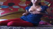 Bengali Girl Shows Her Tits