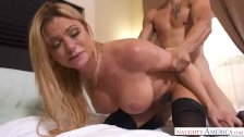 Horny Step Mom Briana Banks caughts me