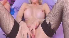 Horny Babe Dildo Fuck Her Shaved Pussy