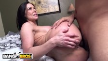 BANGBROS Big Ass MILF Kendra Lust Fucked By Juan Largo on Ass Parade