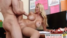 Grubby Mama Alexis Fawx In Stockings Likes Wild Dick