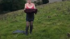 just fucked Sexy UK MILF gets dressed outdoors