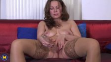 This hot housewife loves fooling around