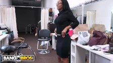 BANGBROS - Behind The Scenes With Ebony Pornstar Arianna Knight