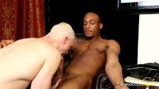 NextDoorEbony Trent King Power Fucks White Daddy