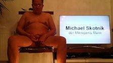 Michael Skotnik wichst seinen Mikropenis und erzählt eine Geschichte