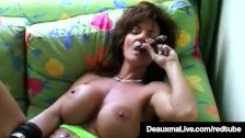 Smoking Hot Cougar Deauxma Bangs Her Cunt & Ass With A Cigar - duration 11:00