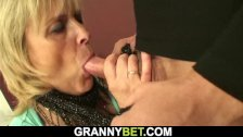 Old granny prostitute is picked up and fucked