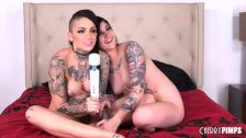 These Two Tattooed Babes Make Each Other Cum Hard Live