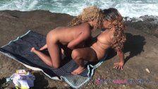 Eating pussy on an exotic island