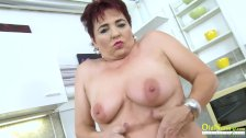 OldNannY Hot Mature Lady Solo in the Kitchen - duration 8:09