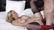 Big booty MILF Julia Ann riding big dick - duration 12:35