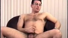 Amateur Straight Boy Gianni Beats His Meat