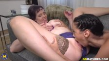 Old and young lesbians Tigger and Andreina De Luxe playing with eachother
