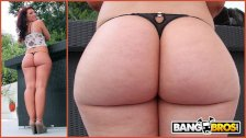 BANGBROS - Chris Strokes Goes Anal On PAWG Savannah Fox's Big Ass - duration 11:59